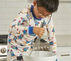 Organic Cotton Pajamas Rocket Print Boy Model